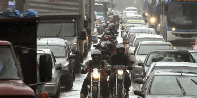 Atual gestão foca muito em carro e pouco em pedestre e ciclista.