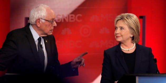 """Hillary Clinton s'en prend à Bernie Sanders et ses """"abdos magiques"""" en partie responsable de sa défaite aux élections"""