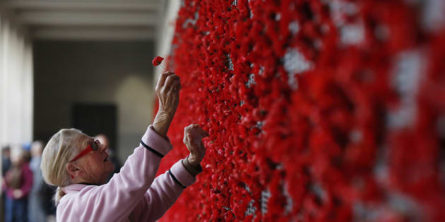 Country to fall silent at 11am to mark Armistice day