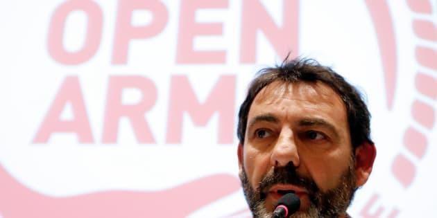 El fundador de Proactiva, Oscar Camps, durante una reciente rueda de prensa en Roma.