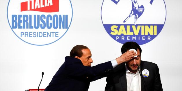 Lega, Salvini: ''Siamo pronti alla chiamata, no ad accordi politici''