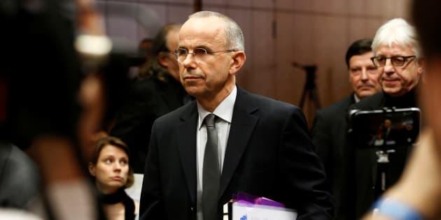 Günter Lubitz à son arrivée pour une conférence de presse à Berlin, ce vendredi 24 mars, deux ans jour pour jour après le crash de Germanwings