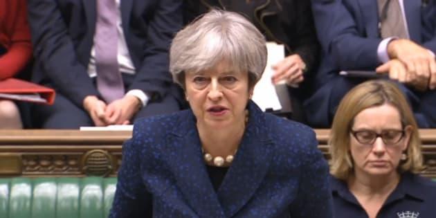 Brexit |  Theresa May cade su un voto cruciale in Parlamento