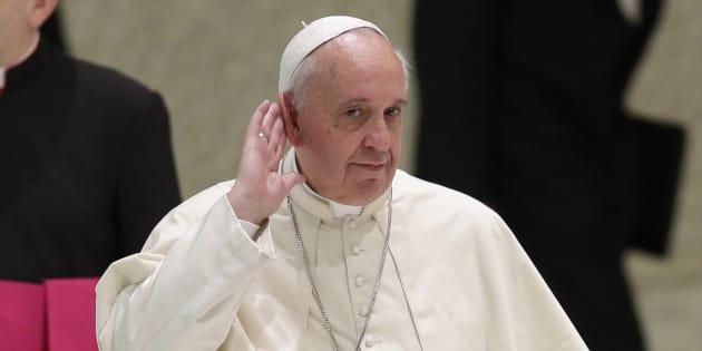Pedofilia, i vescovi del Cile rassegnano le dimissioni