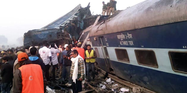 Le déraillement d'un train fait plus de 140 morts en Inde