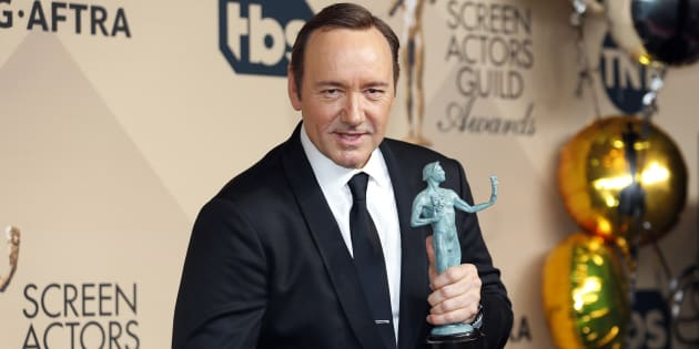 L'acteur Roberto Cavazos accuse Kevin Spacey de harcèlement sexuel