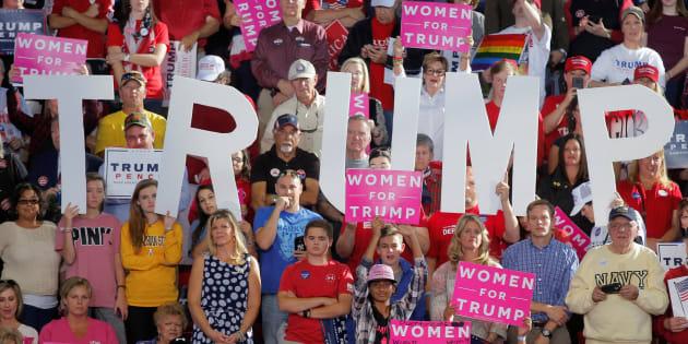 Des supporters de Trump à Raleigh, en Caroline du Nord, le 7 novembre 2016. REUTERS/Chris Keane