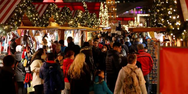 (Photo d'illustration) Plusieurs blessés à Lourdes après la chute d'une structure gonflable sur le marché de Noël