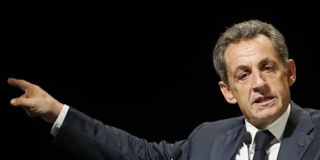 En garde à vue, Nicolas Sarkozy s'est défaussé sur Claude Guéant et Brice Hortefeux.