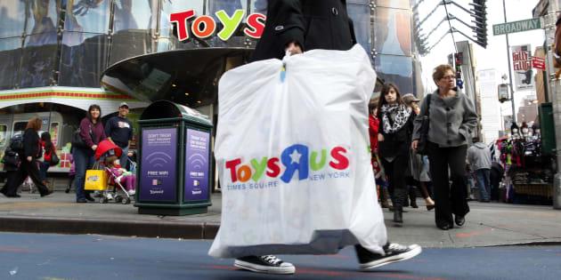 Les magasins Toys'R'Us se déclarent en faillite à trois mois de Noël