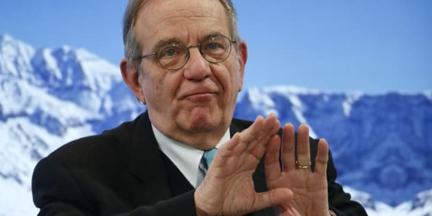 Pier Carlo Padoan, Minister of Economy and Finance of Italy attends the annual meeting of the World Economic Forum (WEF) in Davos, Switzerland, January 18, 2017. REUTERS/Ruben Sprich