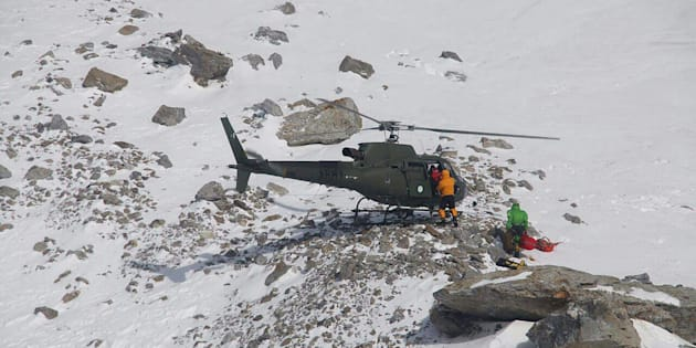 Elisabeth Revol secourue en hélicoptère sur le Nanga Parbat au Pakistan le 28 janvier 2018.
