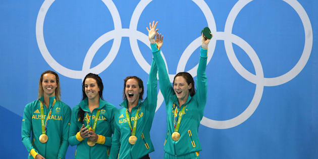 The Aussies are having a great night in the pool.