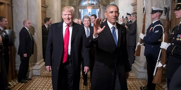 US President Donald Trump (L) and former president Barack Obama (R).