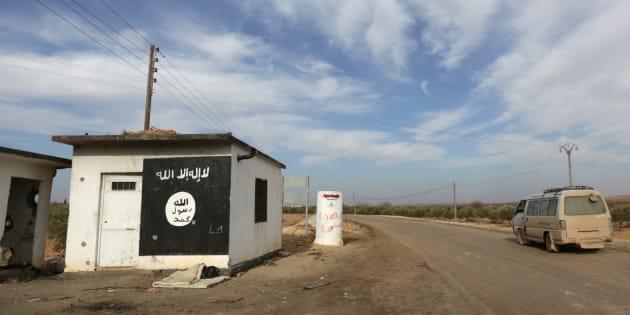 Checkpoint de l'Etat islamique dans le Nord de la Syrie.