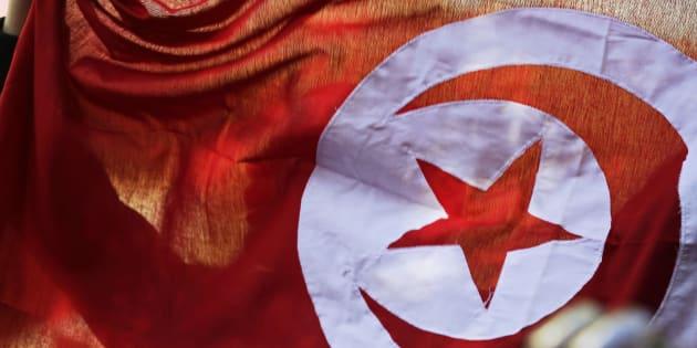 Stabilisons la démocratie en Tunisie via le Sommet de la Francophonie.