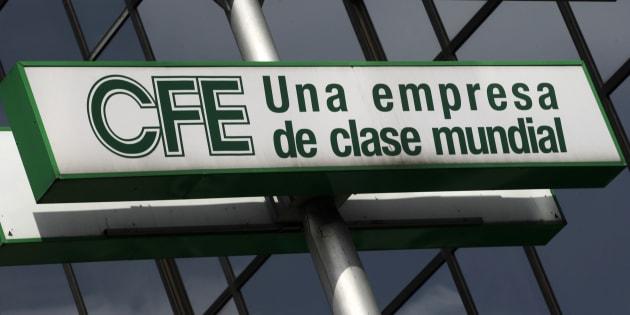 Ganan licitación de CFE empresas investigadas por Cofece
