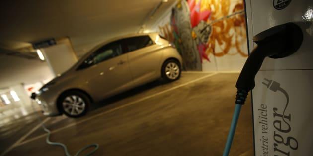 Le temps de recharge d'une voiture électrique, c'est son principal défaut.