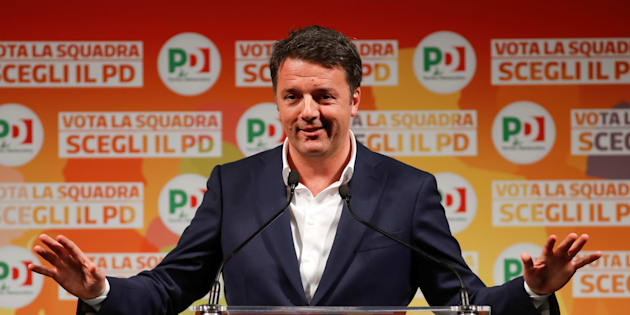 Italy's ruling centre-left Democratic Party (PD) leader Matteo Renzi gestures as he talks during an electoral rally in Rome, Italy February 5, 2018. REUTERS/Remo Casilli