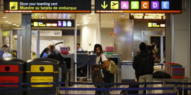 Control de seguridad del aeropuerto Adolfo Suárez Madrid Barajas.