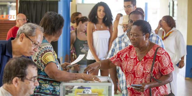 Législative partielle en Guyane : le candidat REM devance son adversaire LFI