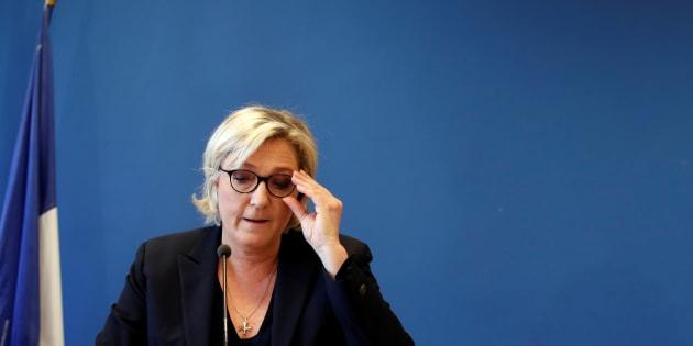 Marine Le Pen au siège du Front national à Nanterre au mois de novembre.