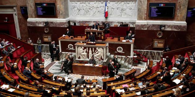 L'Assemblée adopte dans la douleur le volet très critiqué de la loi sur les violences sexuelles.