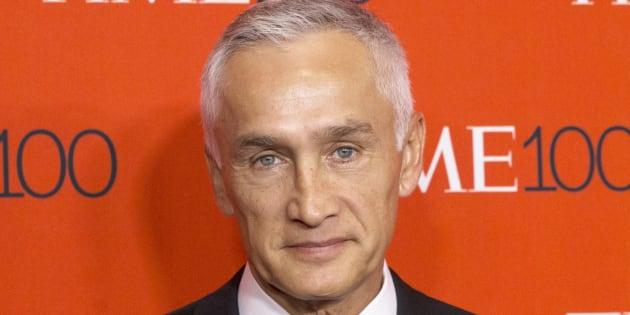 El periodista mexicano-estadounidense Jorge Ramos llega a la gala TIME 100 en Nueva York.