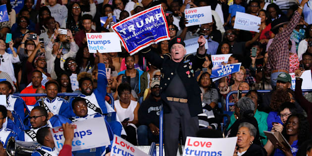 A Donald Trump supporter disruptedremarks by President Barack Obama at a rally Friday for Hillary Clintonin Fayetteville, North Carolina. Obama responded perfectly.