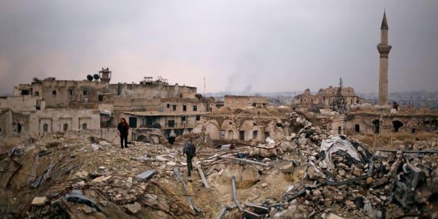 Les forces de Bachar al-Assad à Alep, le 17 décembre 2016. REUTERS/Omar Sanadiki