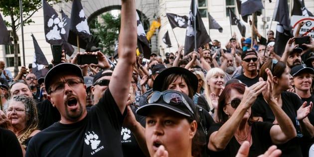 Ces indifférents sont donc les complices de tous ces nouveaux fous de l'identité québécoisequi se multiplient sur les réseaux sociaux et au sein de groupuscules inquiétants d'obédience extrême droitière, voire néonazie.