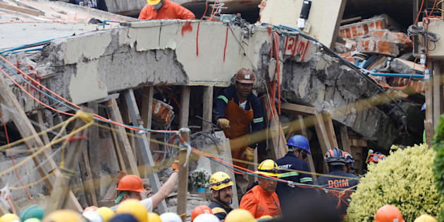 Un violent séisme frappe le sud du Mexique