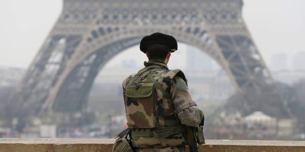 Pourquoi la loi antiterroriste qui remplacera l'état d'urgence pose problème