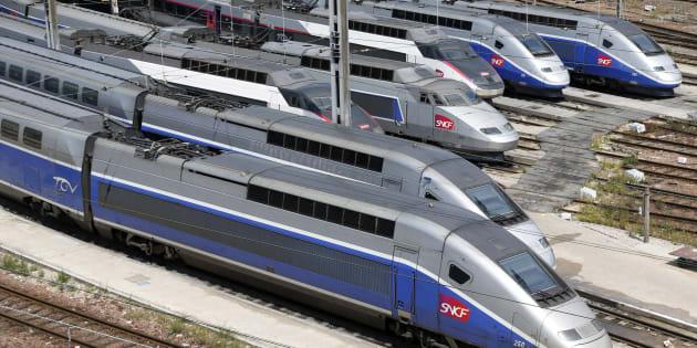 """Malgré la grève du 6/7 juillet, la SNCF assurera """"entre 80% et 100% des TGV"""" vers les destinations touristiques"""
