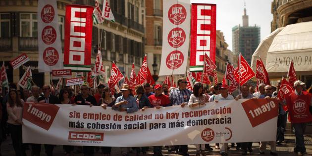Manifestación de los sindicatos UGT y CCOO en Málaga el primero de mayo de 2014.