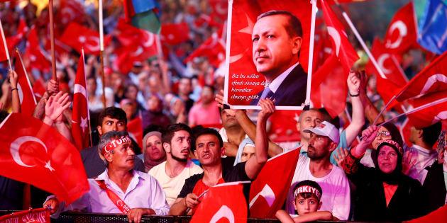 Un meeting pro-Erdogan le 10 août 2016 à Istanbul. REUTERS/Osman Orsal/File Photo