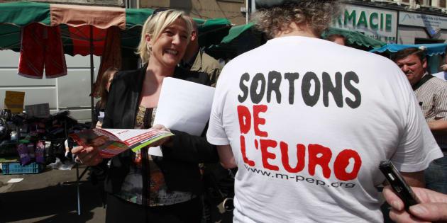"""Débat Macron-Le Pen: qu'est-ce que cet """"écu"""" dont Le Pen vante les mérites pour remplacer l'euro?"""
