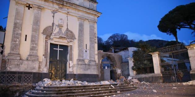 Il Governo dichiara lo stato di emergenza per nove Comuni catanesi colpiti dal sisma. Stanziati subito dieci milioni