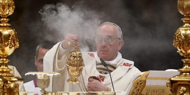 Le pape François interdit la vente de cigarettes au Vatican