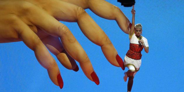 Katy Perry en su llegada a los MTV VMA. REUTERS/Mario Anzuoni