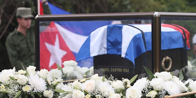 Les cendres de Fidel Castro, transportées de La Havane à Santiago de Cuba, le 30 novembre 2016. REUTERS/Edgard Garrido
