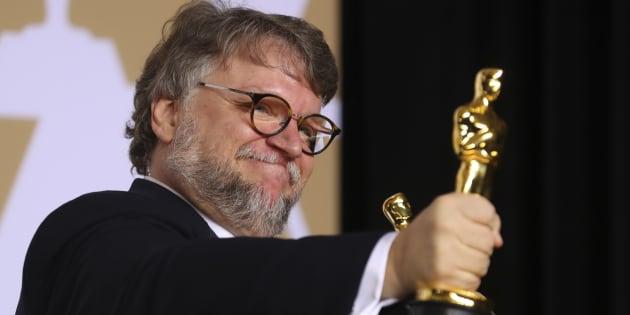 Alerta Del Toro sobre clases de actuación promovidas en cuentas falsas