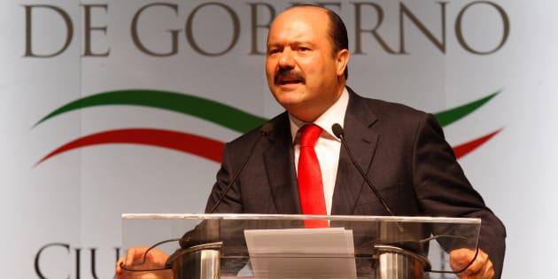 El exgobernador de Chihuahua, César Duarte, durante un discurso en el Centro Cultural Universitario de Ciudad Juárez, el 10 de octubre de 2017.