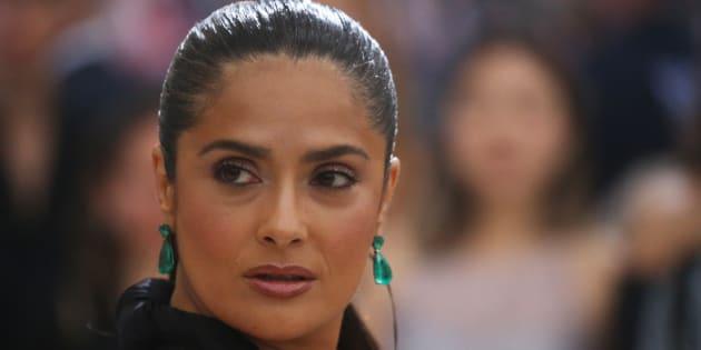 Em artigo publicado no jornal americano The New York Times nesta terça-feira (12), a atriz revela os detalhes da perseguição sofrida.