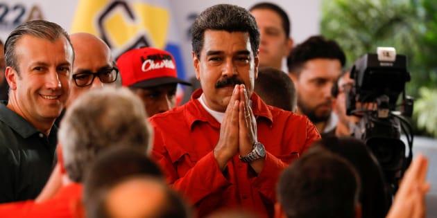 Nicolás Maduro frente al Centro Nacional Electoral.