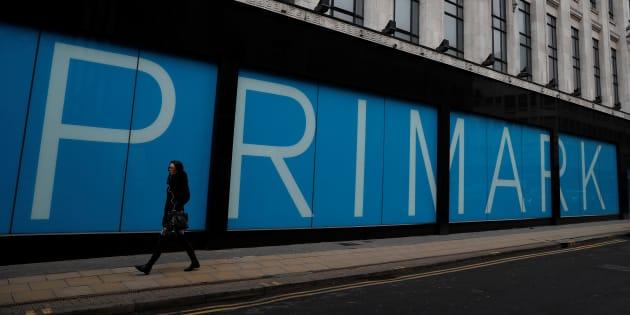 Primark empieza a vender en espa a la manta de sirena y - Mantas sofa primark ...