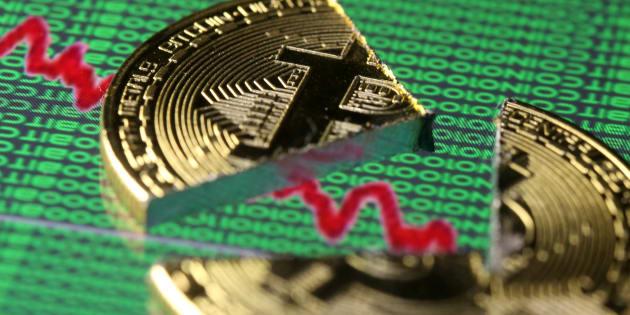 Bitcoin crolla sotto i 9.000 dlr, si arriva al -11,5%