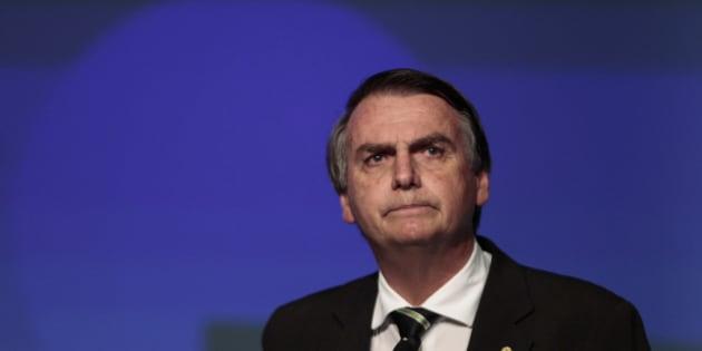 Sem alianças, o tempo de propaganda de rádio e televisão de Bolsonaro deve ser de apenas 8 segundos.