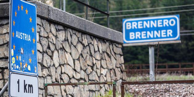 Migranti, Vienna: militari al Brennero. Chiusi porti Spagna e Francia