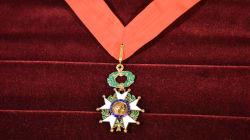 La Légion d'honneur du 1er janvier honore les héros de l'attentat de
